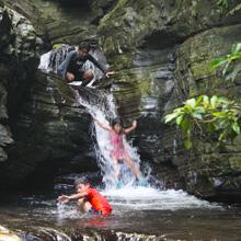 山登り滝(沢)登りトレッキングツアー
